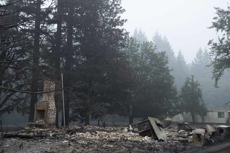 Jackson County to pay consulting firm to study response to Oregon wildfires